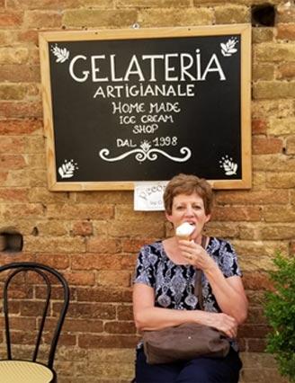 Laura Christianson enjoying gelato in Italy   BloggingBistro.com